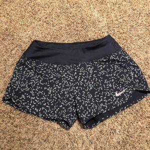 Nike running shorts LN XS